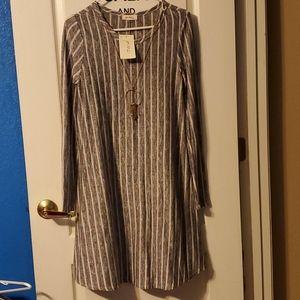 Grey/black taup stripped dress